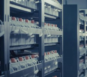 data-center-2476790_1920 (1)